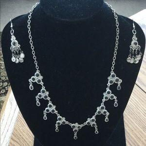 Handcrafted Moroccan necklace and earrings set